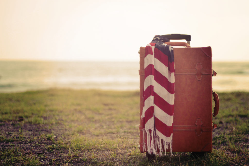ee4923bd97 テンションが上がる☆センスが良いと褒められるおしゃれなスーツケース10選(メンズ&レディース) | SUITCASE FACTORY(スーツケース・ ファクトリー) | スーツ ...