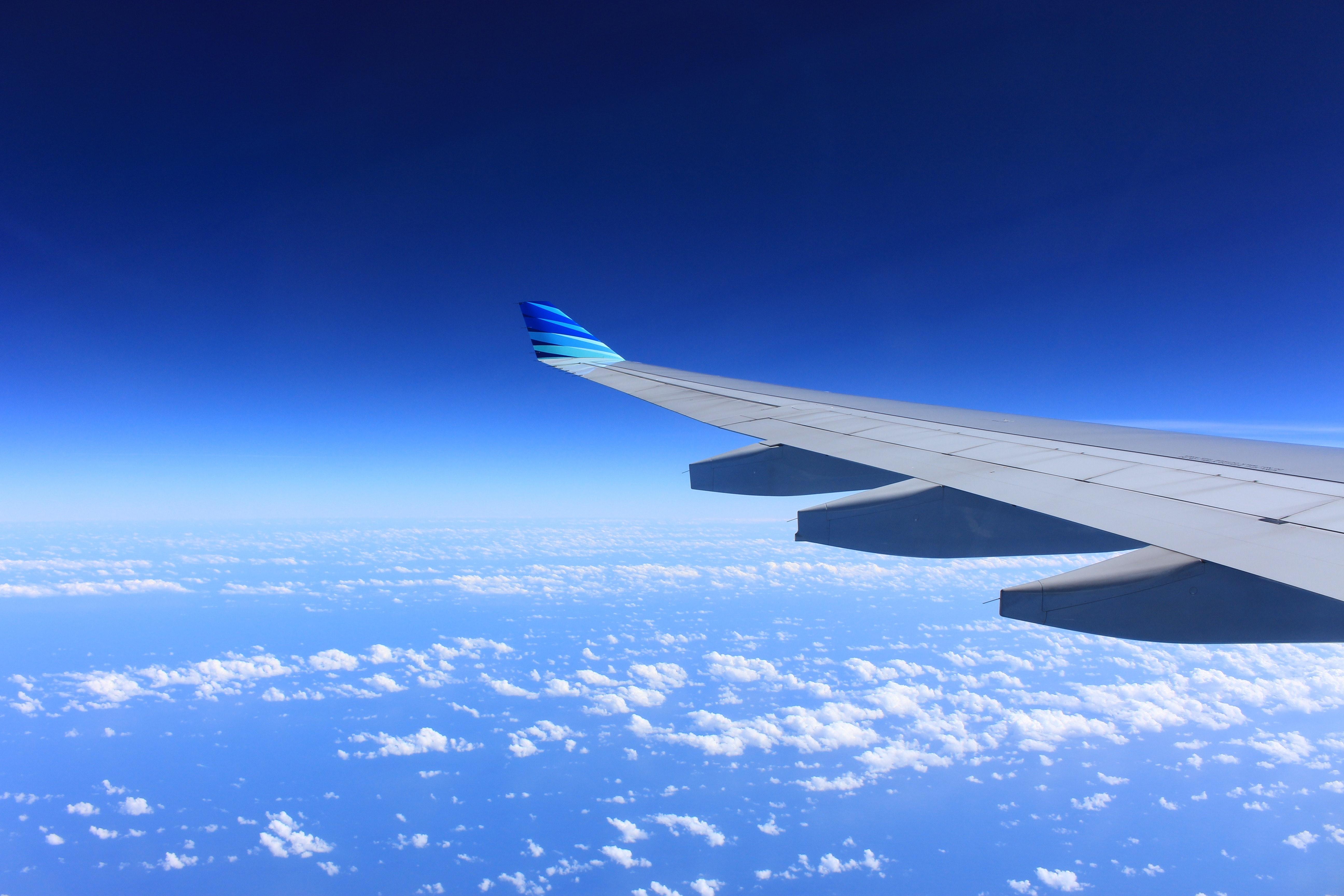 22e759e7f5 機内持ち込みサイズのスーツケースのいろは(サイズ・重さ・航空会社の規定)【おすすめ11選】