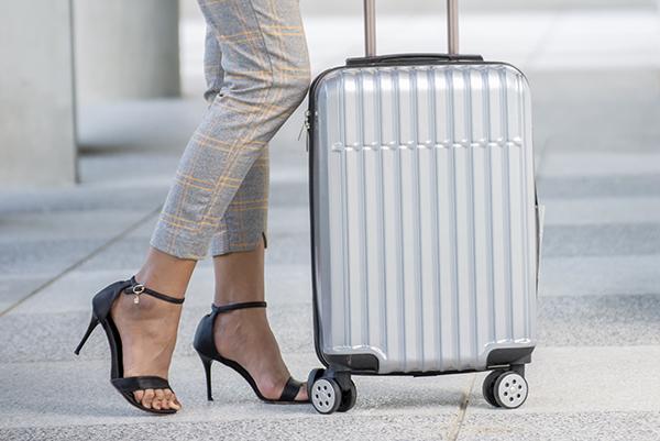 こだわる大人が選ぶブランドのスーツケースとは
